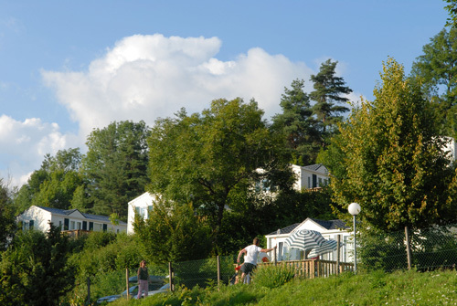 camping le fief melin co tourisme le chateau d oleron. Black Bedroom Furniture Sets. Home Design Ideas