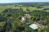 Kawan Camping Château le Verdoyer • éco-Tourisme • CHAMPS ROMAIN (3)