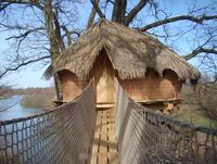 les cabanes des grands lacs co tourisme chassey les montbozon. Black Bedroom Furniture Sets. Home Design Ideas