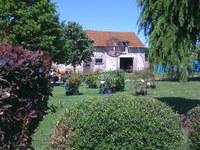 La ferme de Fontaine au Bron • éco-Tourisme • VAUCHAMPS